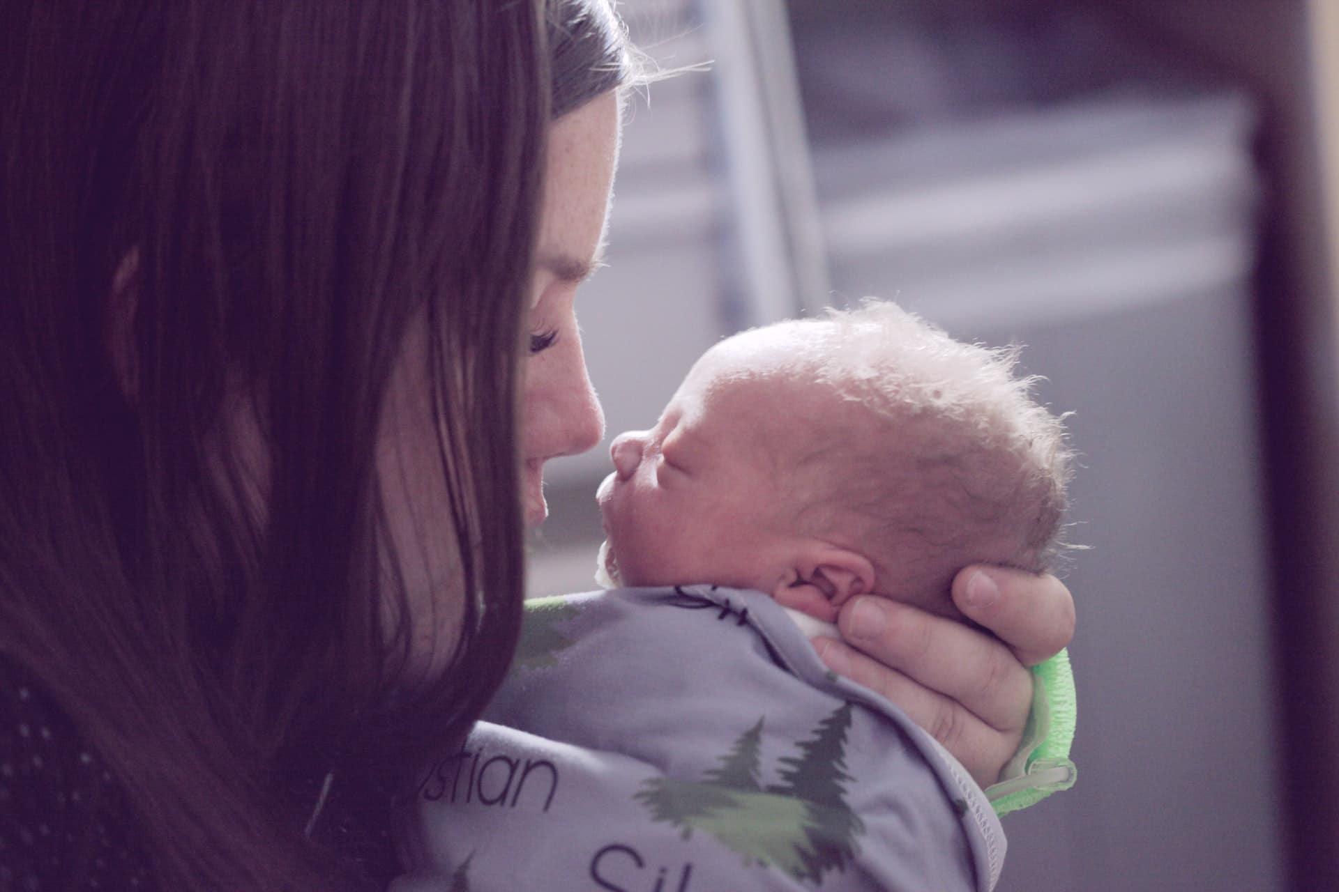 sleep coaches help with babies