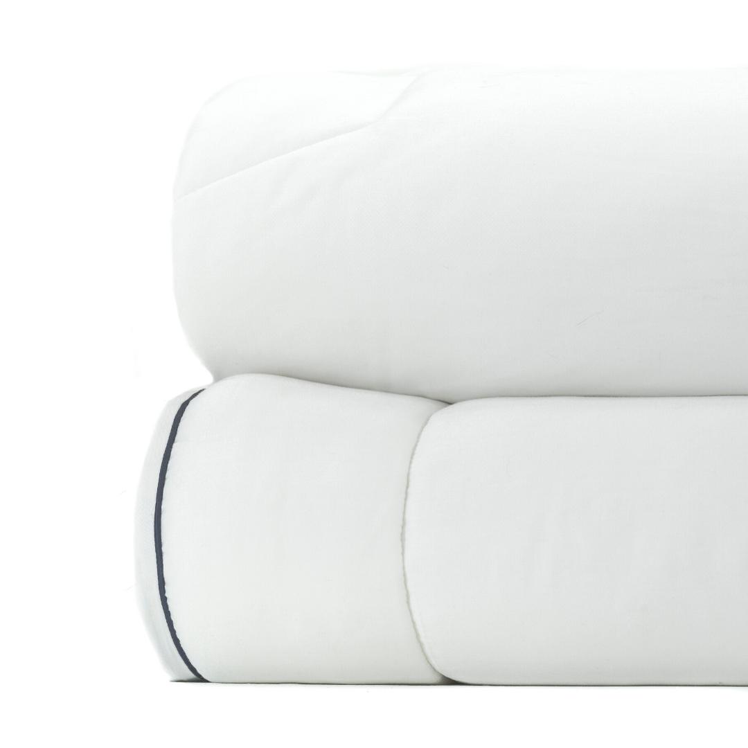 lightweight comforter