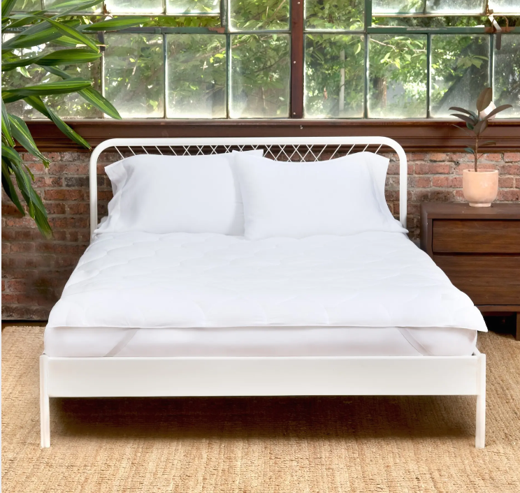 is it a comfortable mattress protector?