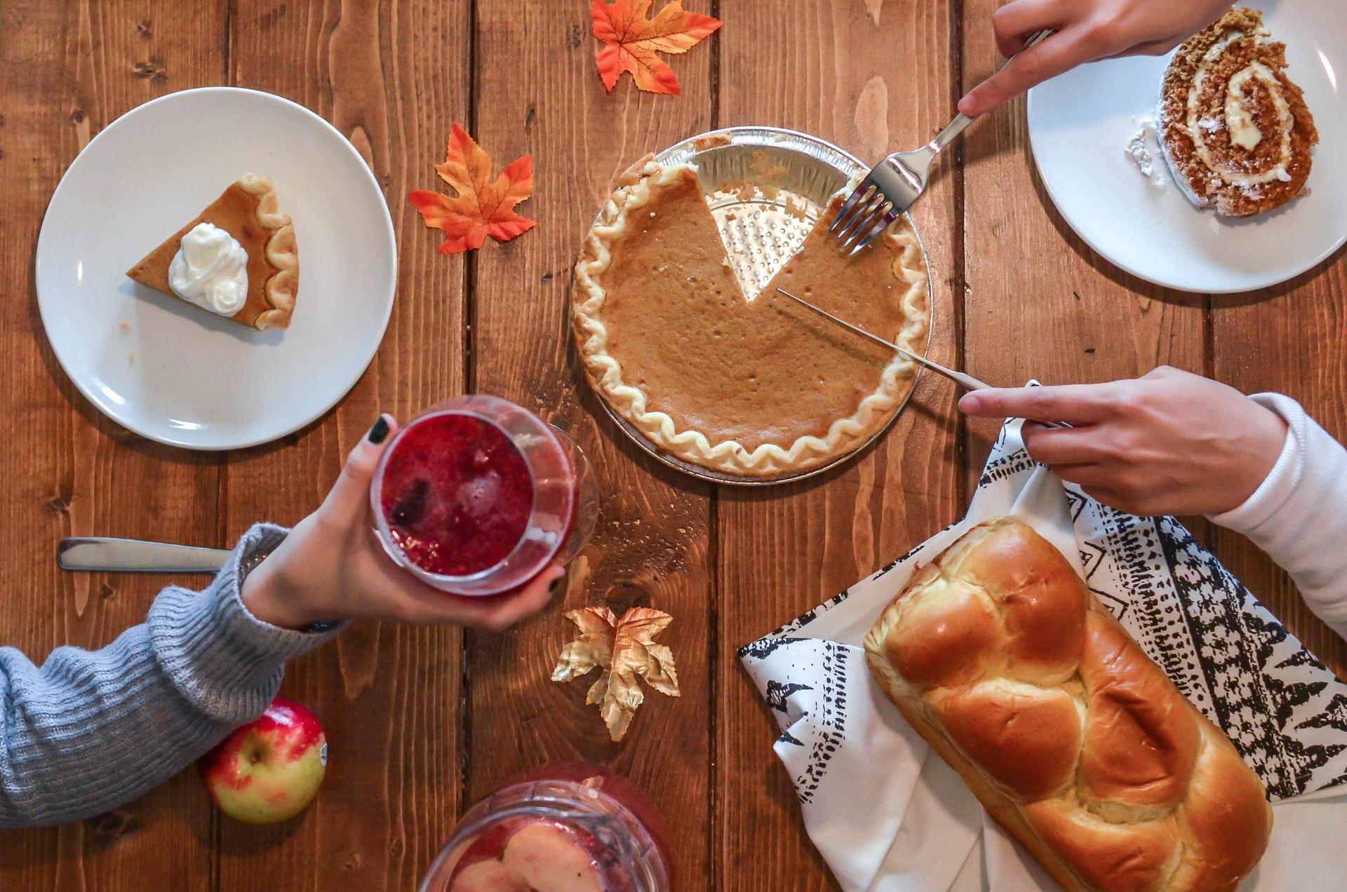why does a turkey dinner make you feel sleepy?