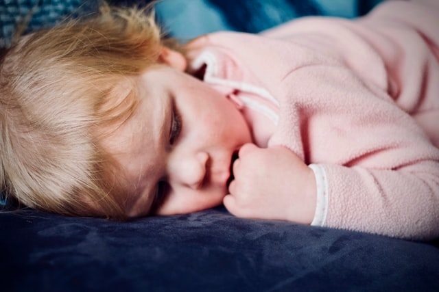 how to help your child sleep at night