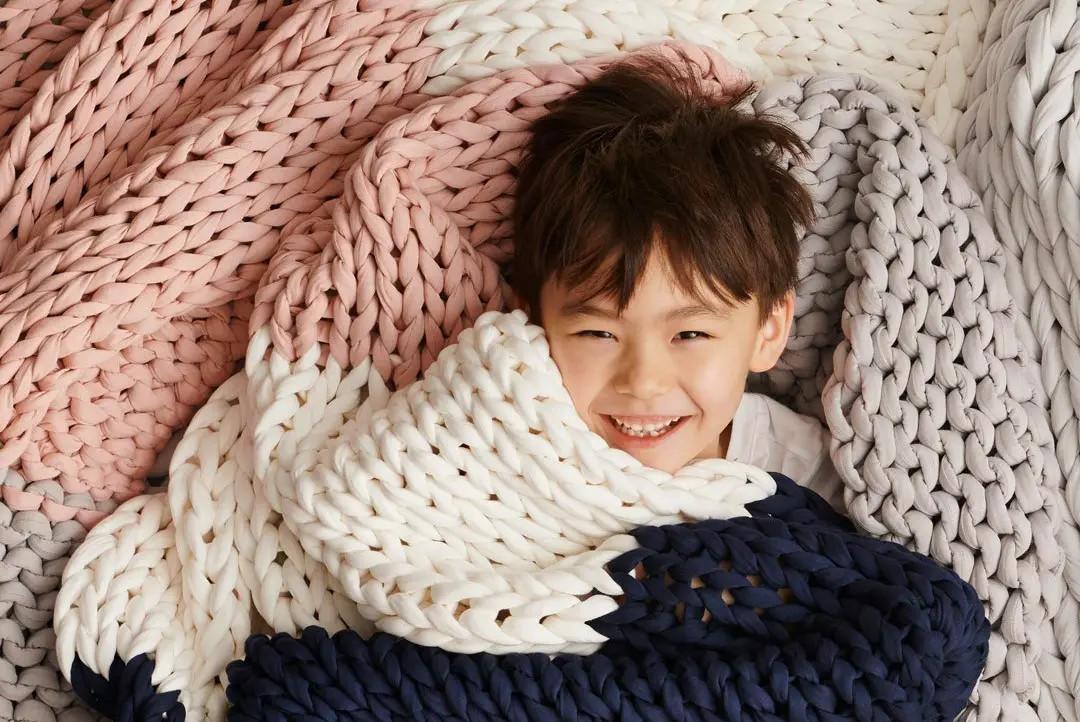 bearaby nappling blanket