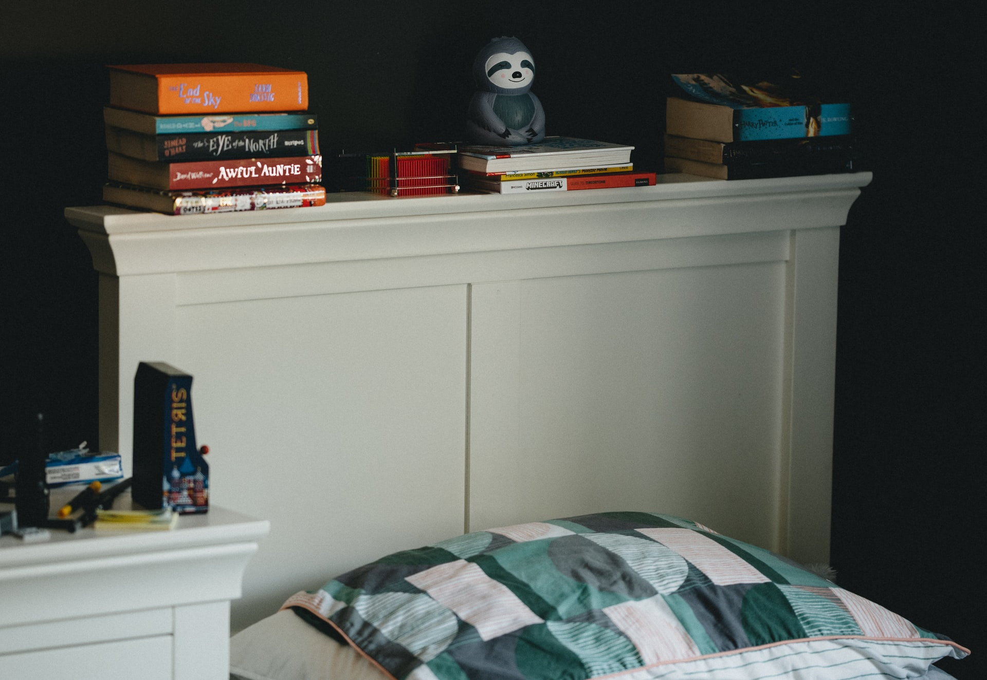 shelves for small beds