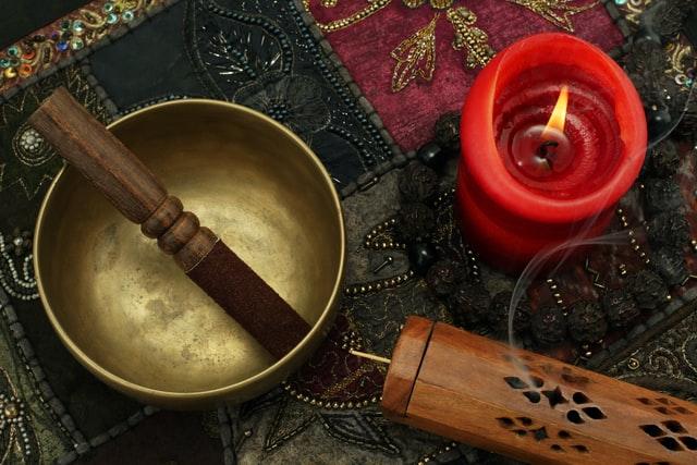tibetan bowls and quartz bells