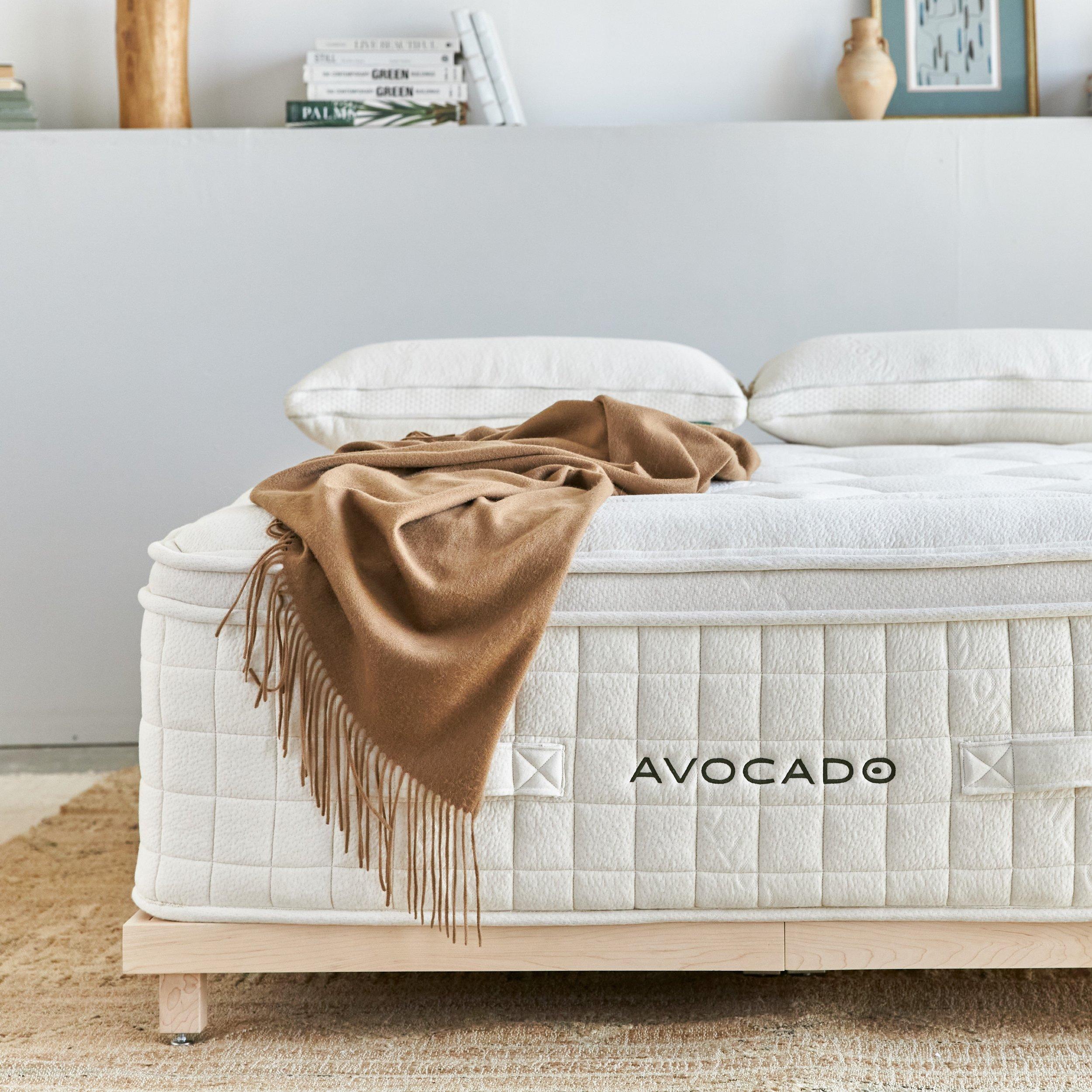 avocado luxury plush pillow top mattress